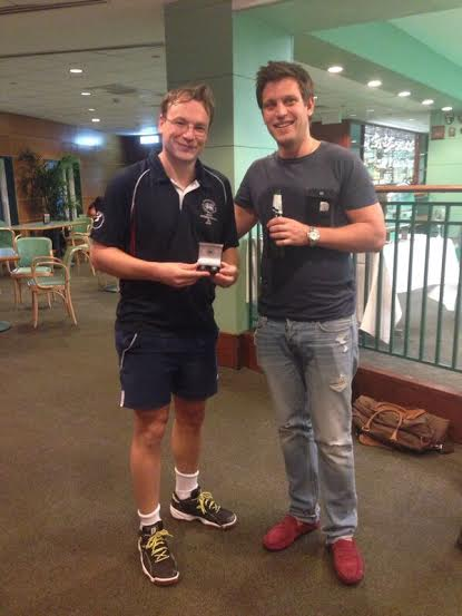 Handicap_Cup_Winner_Julian_Tanner_with_Jon_Pipe_tournaments_convenor.jpg