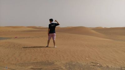 James Li lost in the deserts of Dubai looking for the that elusive away venue !